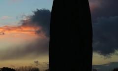 Le menhir de Champ-Dolent